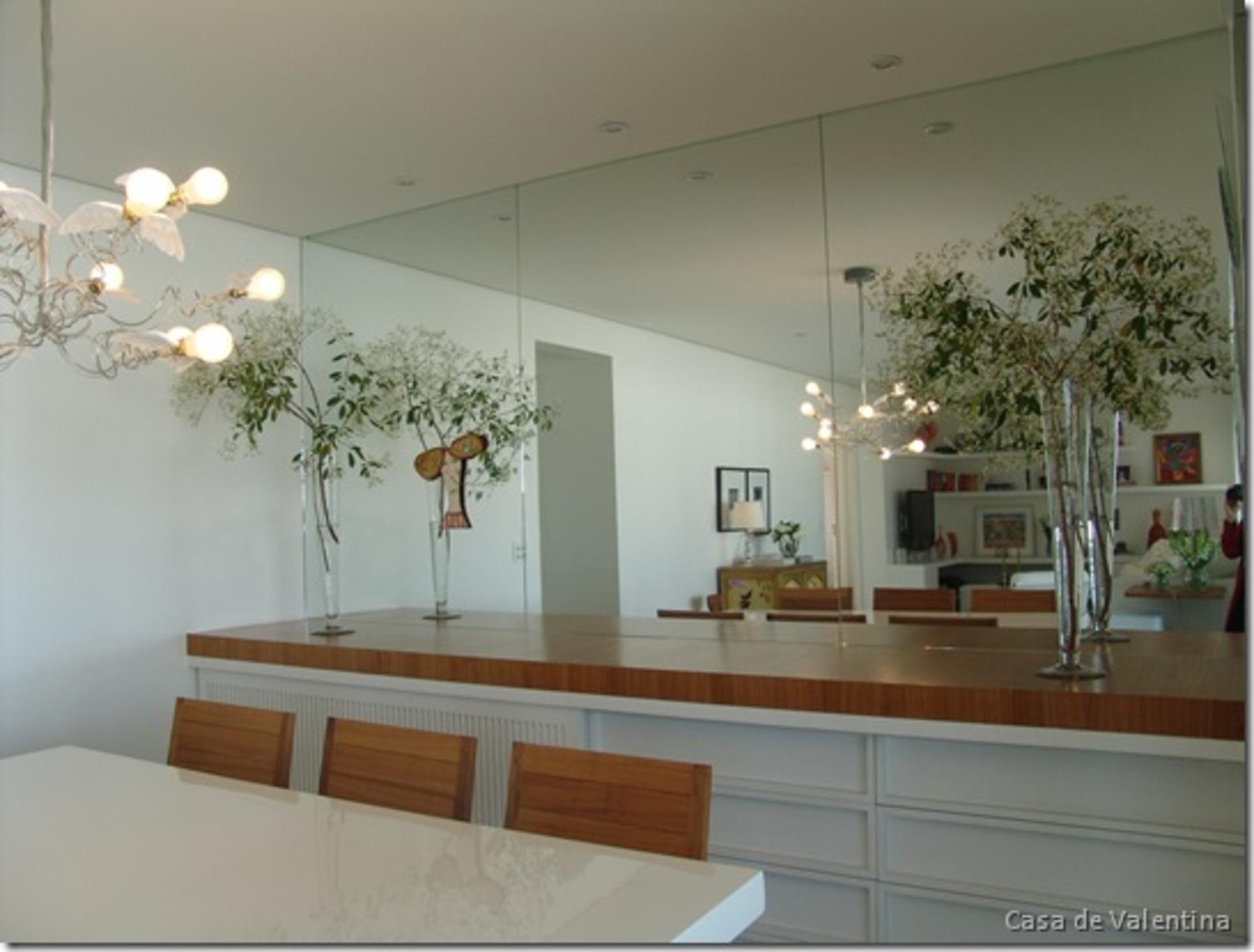 Feng Shui Na Mesa De Jantar Casa De Valentina -> Sala De Jantar Com Espelho Na Parede