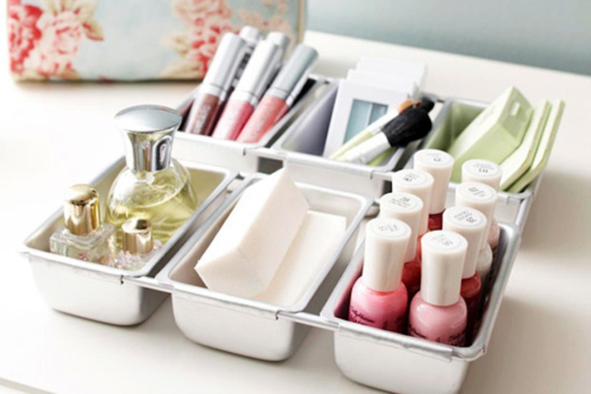Organizando os esmaltes casa de valentina - Makeup storage ideas for small spaces design ...