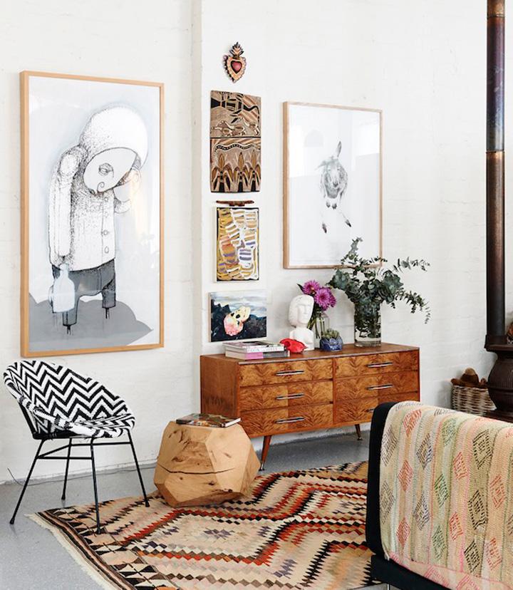 Decoração de: Sala de estar - banco de madeira maciça; Casa de Valentina