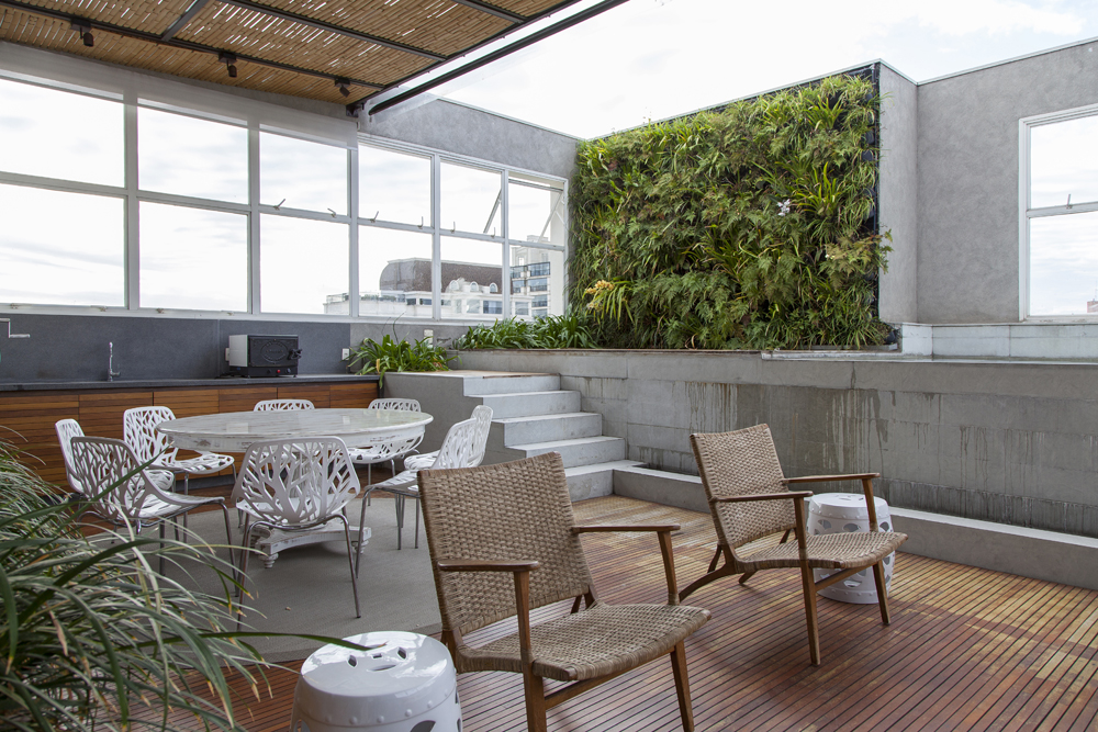 varanda; jardim vertical; Casa de Valentina