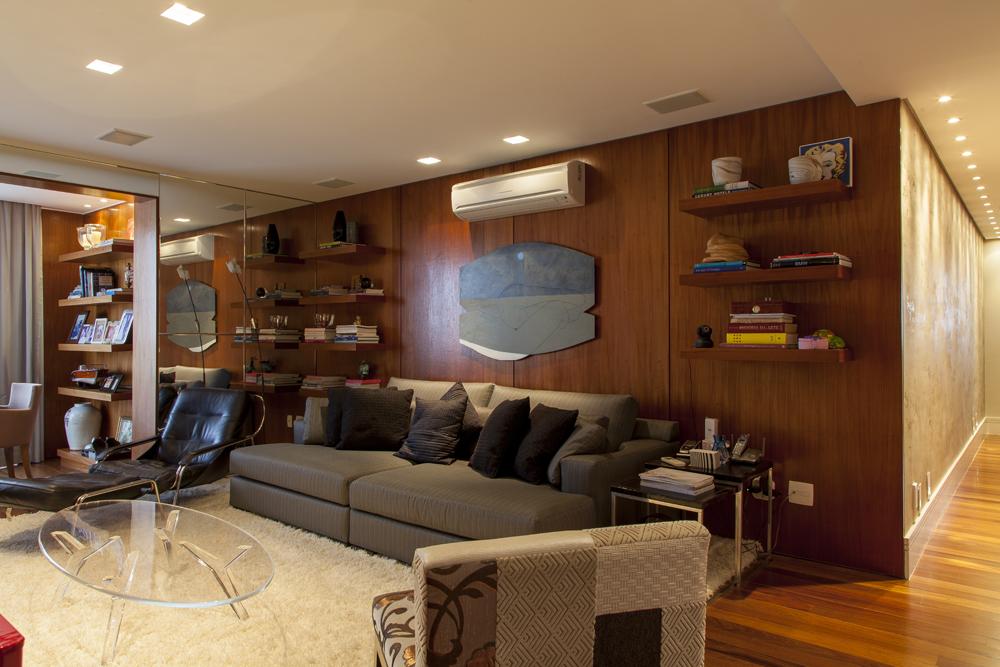 sala de jogos; sofá cinza; Casa de Valentina