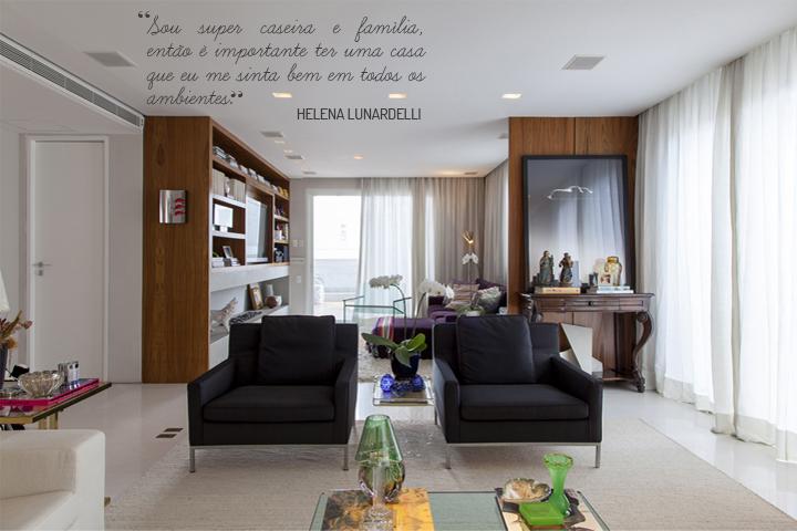 sala de estar; poltronas pretas; Casa de Valentina