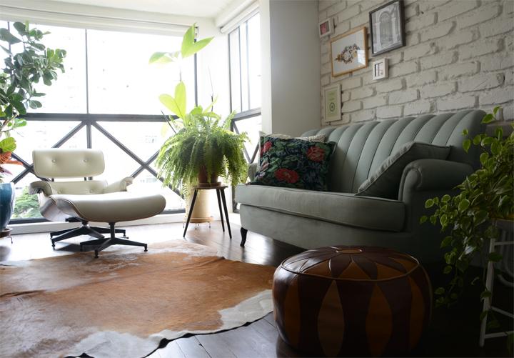 Decoração de sala de estar; Sofá cinza; Casa de Valentina