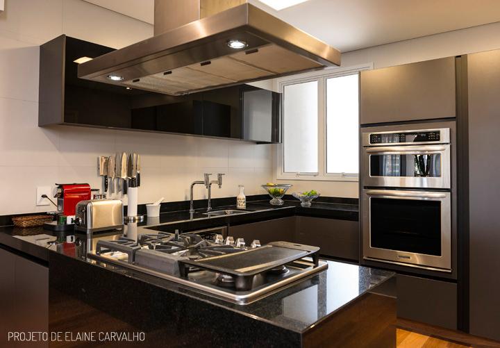 Decoração de: Cozinha; armário cinza; Casa de Valentina