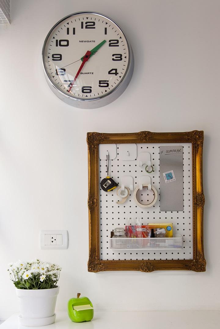 Decoração de: Detalhes; relógio de parede; Casa de Valentina