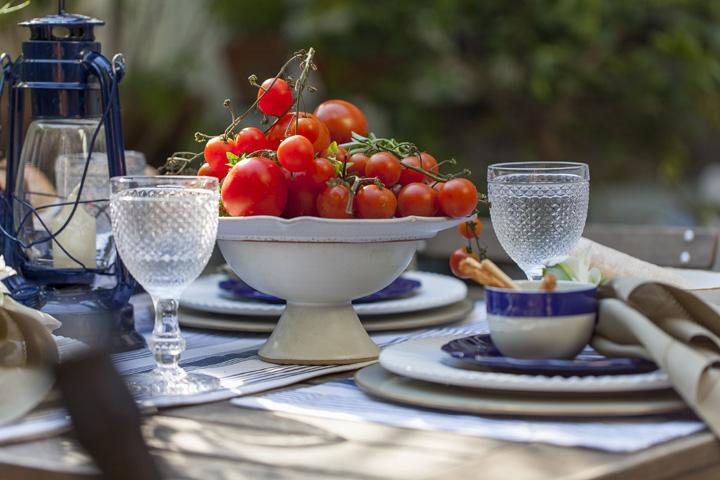 Decoração de: Detalhes; centro de mesa de porcelana; Casa de Valentina