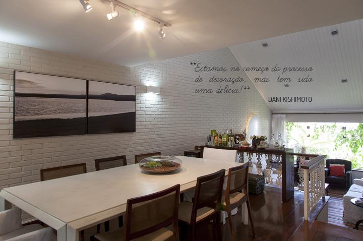 Decoração de: Sala de jantar; mesa retangular branca; Casa de Valentina