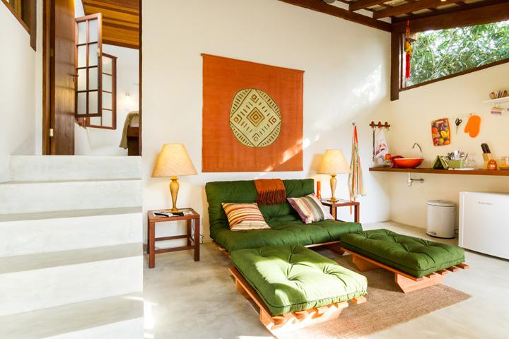 Decoração de: Sala de estar; sofá futon verde; Casa de Valentina