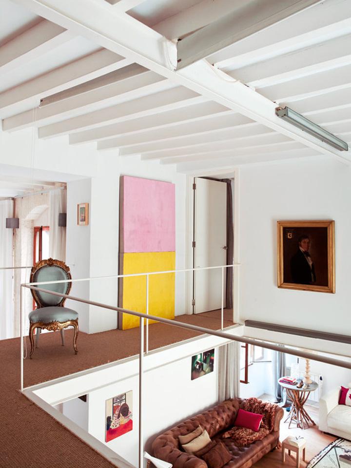 Decoração de: Corredor; cadeira Luís XV; Casa de Valentina