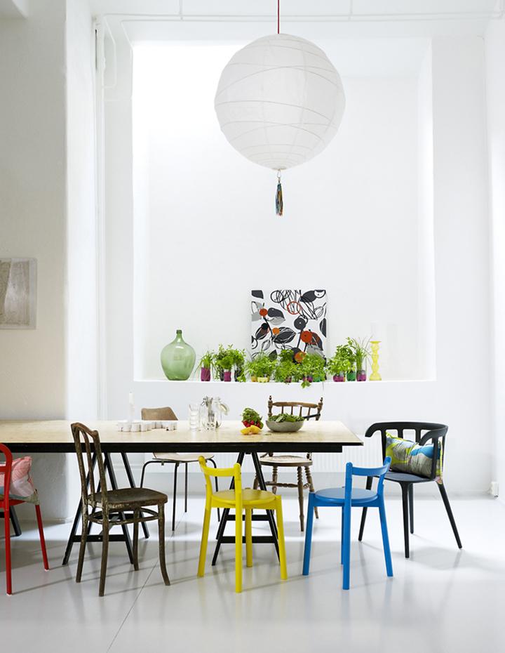 Decoração de: Sala de jantar; cadeira azul; Casa de Valentina
