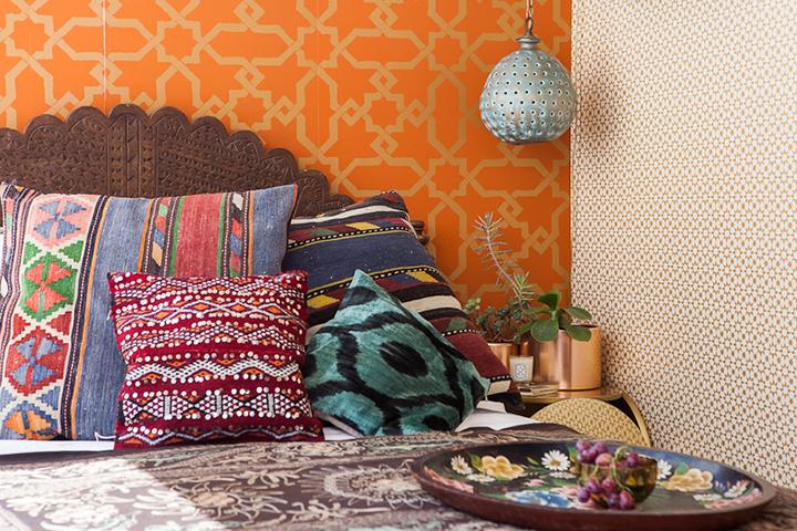 Decoração de: Quarto de casal; almofadas étnicas; Casa de Valentina