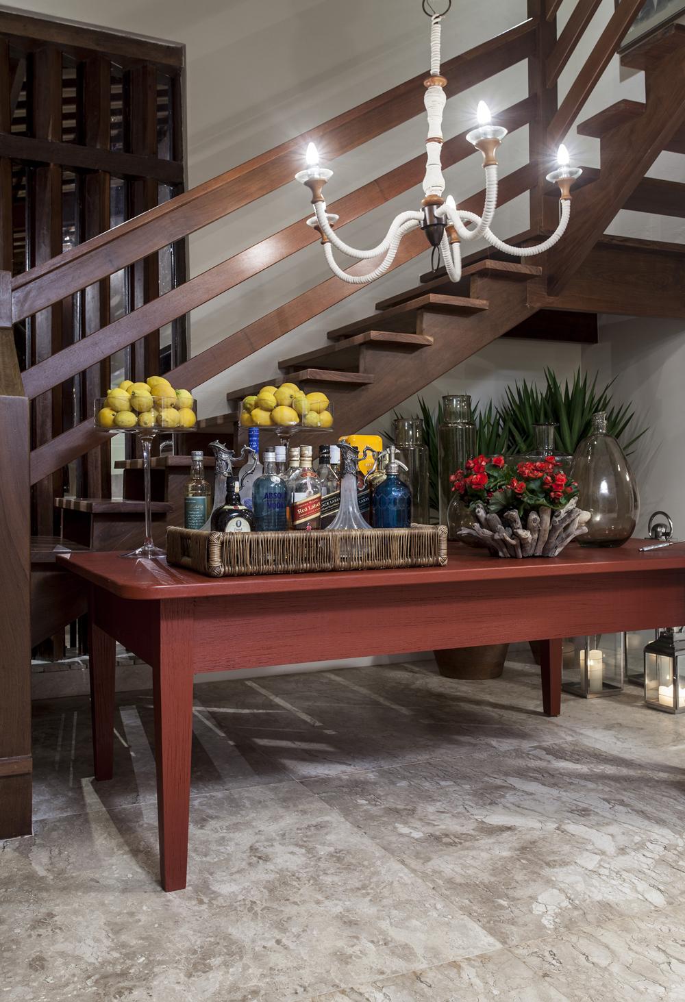 Decoração de: Detalhes; mesa vinho; Casa de Valentina