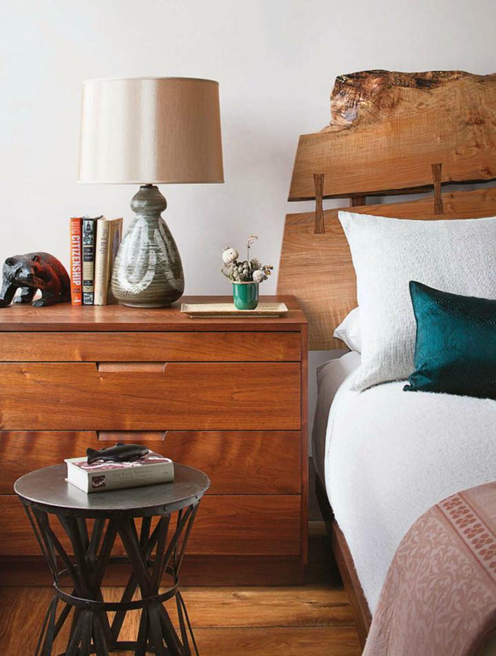 Decoração de: Detalhes; cabeceira de madeira; Casa de Valentina