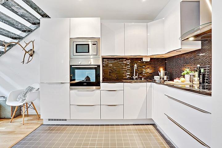 Decoração de: Cozinha integrada; pisos diferentes; Casa de Valentina