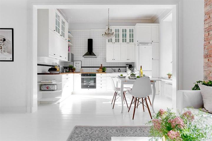 Decoração de: Cozinha integrada; piso de madeira; Casa de Valentina