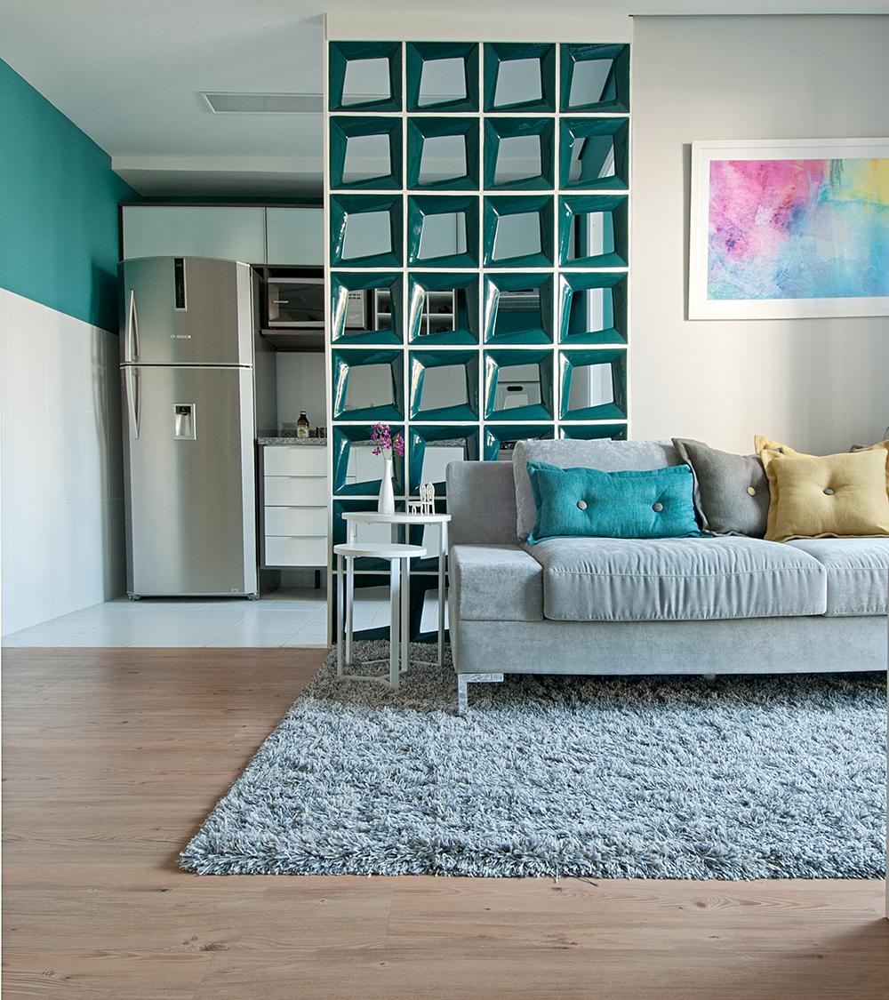 Decoração de: Sala de estar; tapete texturizado cinza; Casa de Valentina