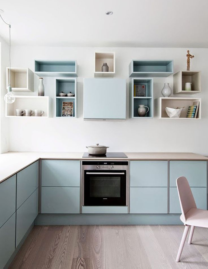 Decoração de: Cozinha; nichos coloridos;  Casa de Valentina