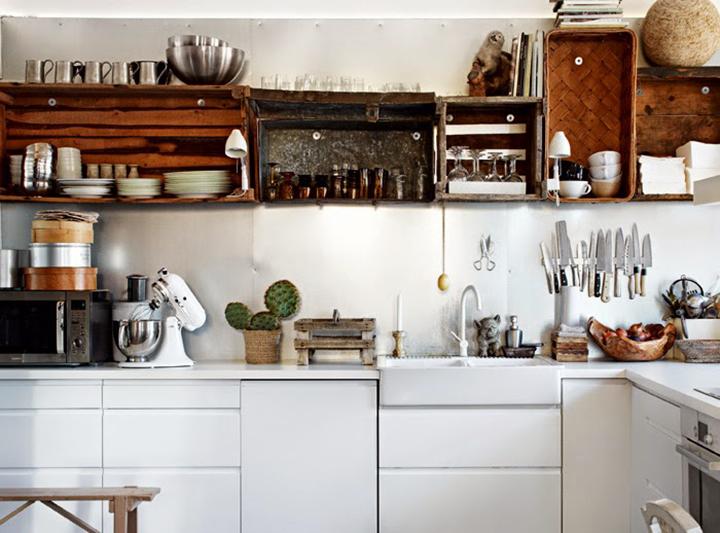 Decoração de: Cozinha; caixotes;  Casa de Valentina