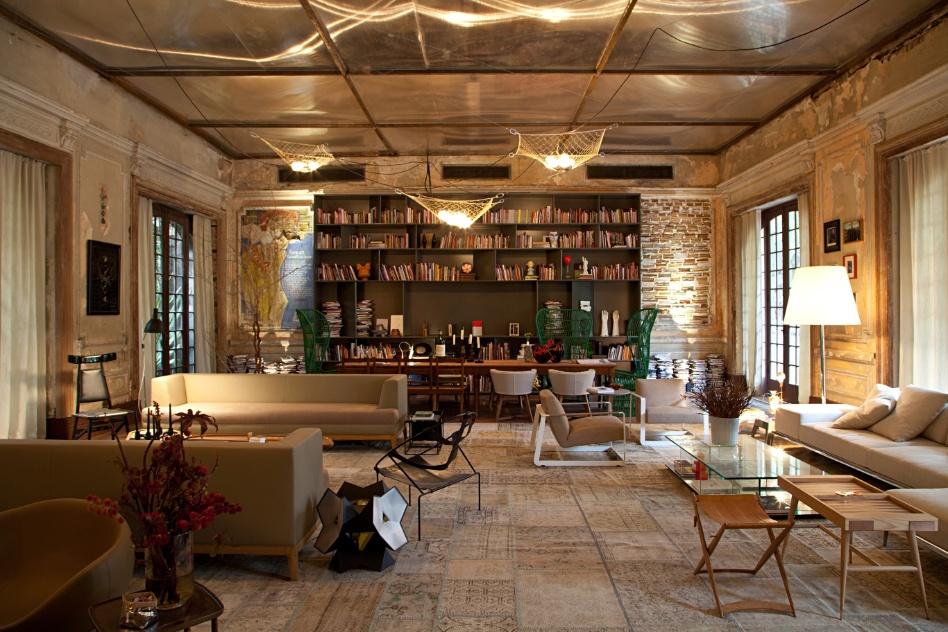 Decoração de: Sala de estar; estante de livros aberta; Casa de Valentina