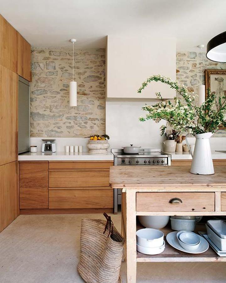 Decoração de: Cozinha; parede de pedra; Casa de Valentina
