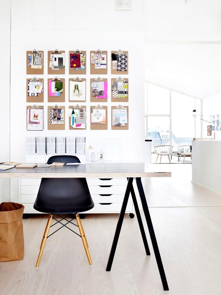 Decoração de: Home office; prnachetas na parede; Casa de Valentina