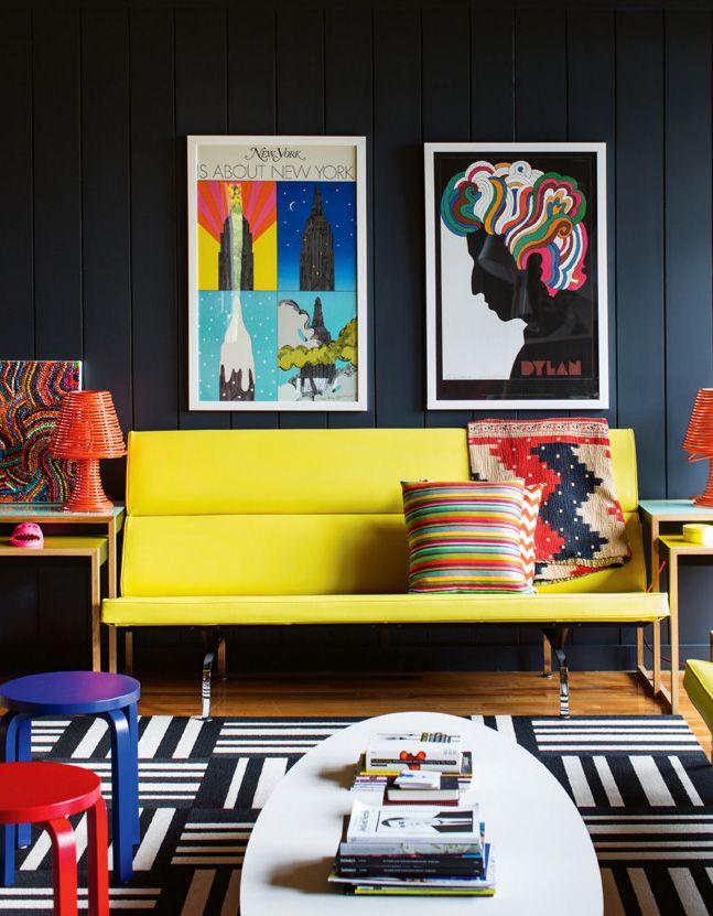 Decoração de: Sala de estar; sofá amarelo; Casa de Valentina