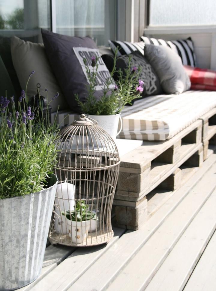 Decoração de: Varanda; sofá de pallets; Casa de Valentina
