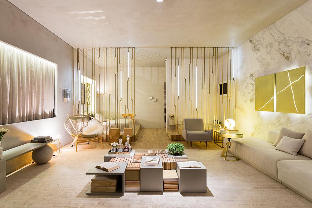 Decoração de: Sala de estar; biombo dourado; Casa de Valentina