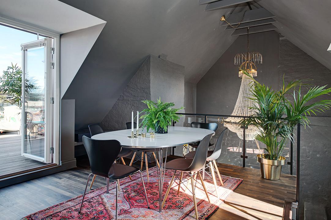 Decoração de: Sala de jantar; cadeira eames preta; Casa de Valentina