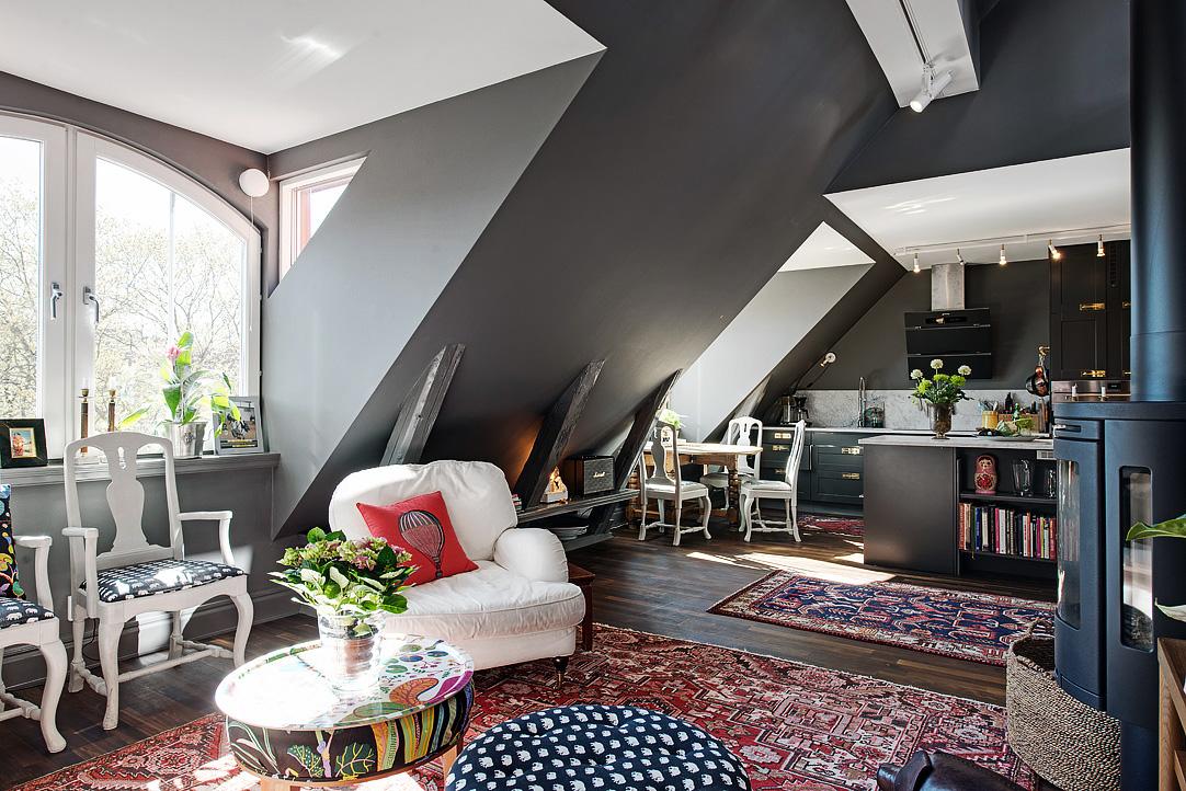 Decoração de: Sala de estar; parede cinza escura; Casa de Valentina